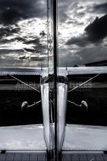 D-EMUT - Private Cessna 172 Skyhawk (all models except RG)