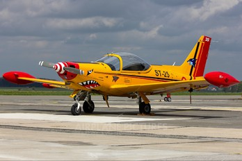 "ST-25 - Belgium - Air Force ""Hardship Red"" SIAI-Marchetti SF-260"