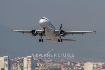 TS-INO - Nouvelair Airbus A320