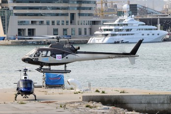 F-GHPH - CAT Helicopters Aerospatiale AS350 Squirrel HT.1 & 2