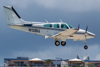 N12BU - Private Beechcraft 95 Baron