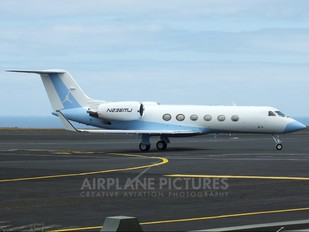 N236MJ - Private Gulfstream Aerospace G-IV,  G-IV-SP, G-IV-X, G300, G350, G400, G450