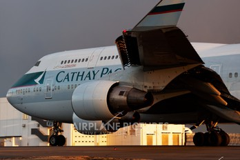 B-HKV - Cathay Pacific Boeing 747-400