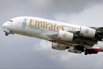 A6-EDT - Emirates Airlines Airbus A380