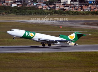 PR-IOB - Rio Linhas Aéreas Boeing 727-200F