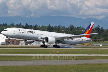 RP-C7773 - Philippines Airlines Boeing 777-300ER