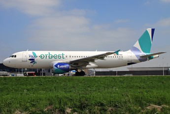 CS-TRK - Orbest Airbus A320