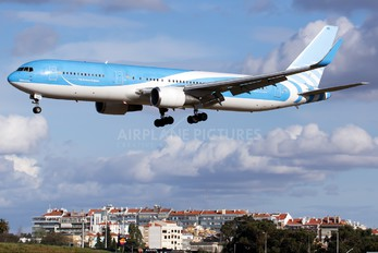 OO-TUC - TUI Airlines Belgium Boeing 767-300ER
