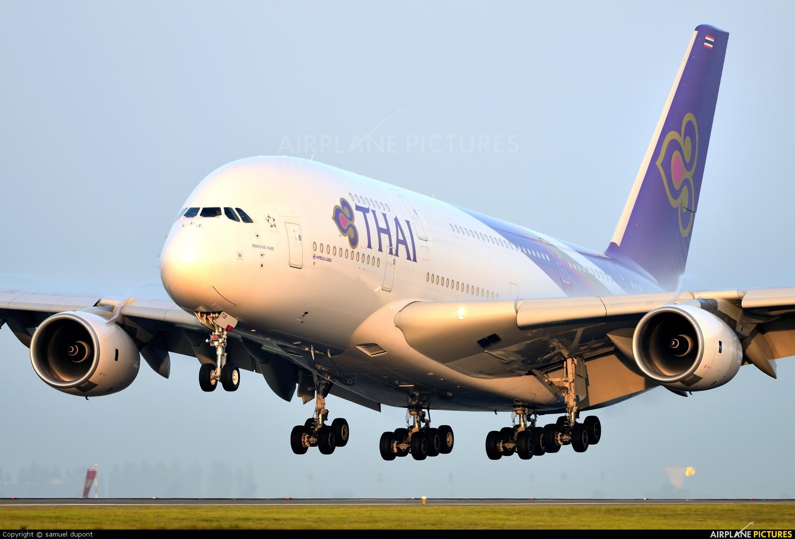 HS-TUB - Thai Airways Airbus A380 at Paris - Charles de Gaulle ...