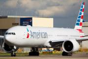 N720AN - American Airlines Boeing 777-300ER aircraft