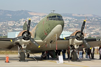 492622 - Greece - Hellenic Air Force Douglas C-47D Skytrain