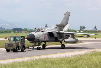 MM7037 - Italy - Air Force Panavia Tornado - IDS