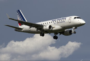 F-HBXF - Air France - Regional Embraer ERJ-170 (170-100)