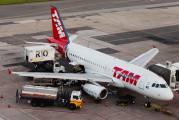 PT-TME - TAM Airbus A319 aircraft
