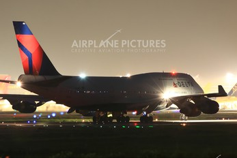 N661US - Delta Air Lines Boeing 747-400