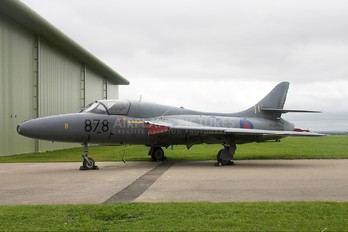 WT722 - Royal Air Force Hawker Hunter T.8