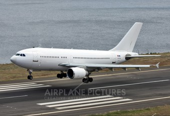 CS-TQV - White Airways Airbus A310