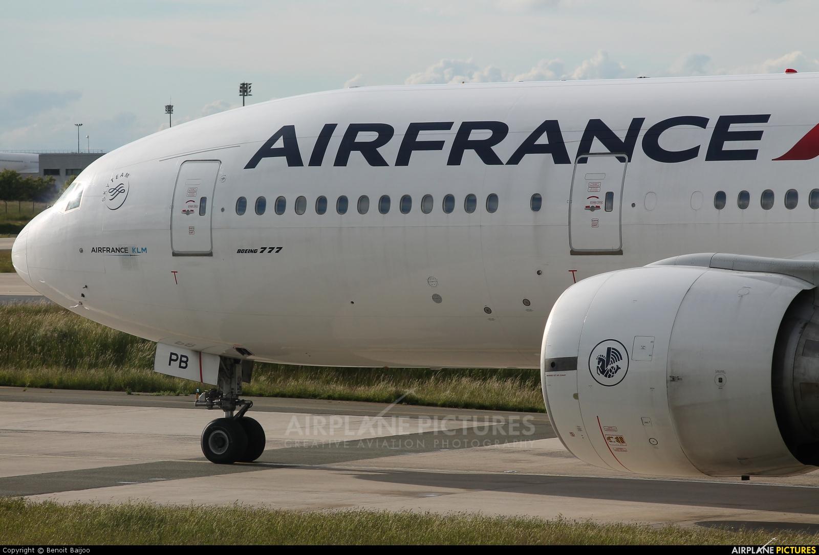 Air France F-GSPB aircraft at Paris - Charles de Gaulle
