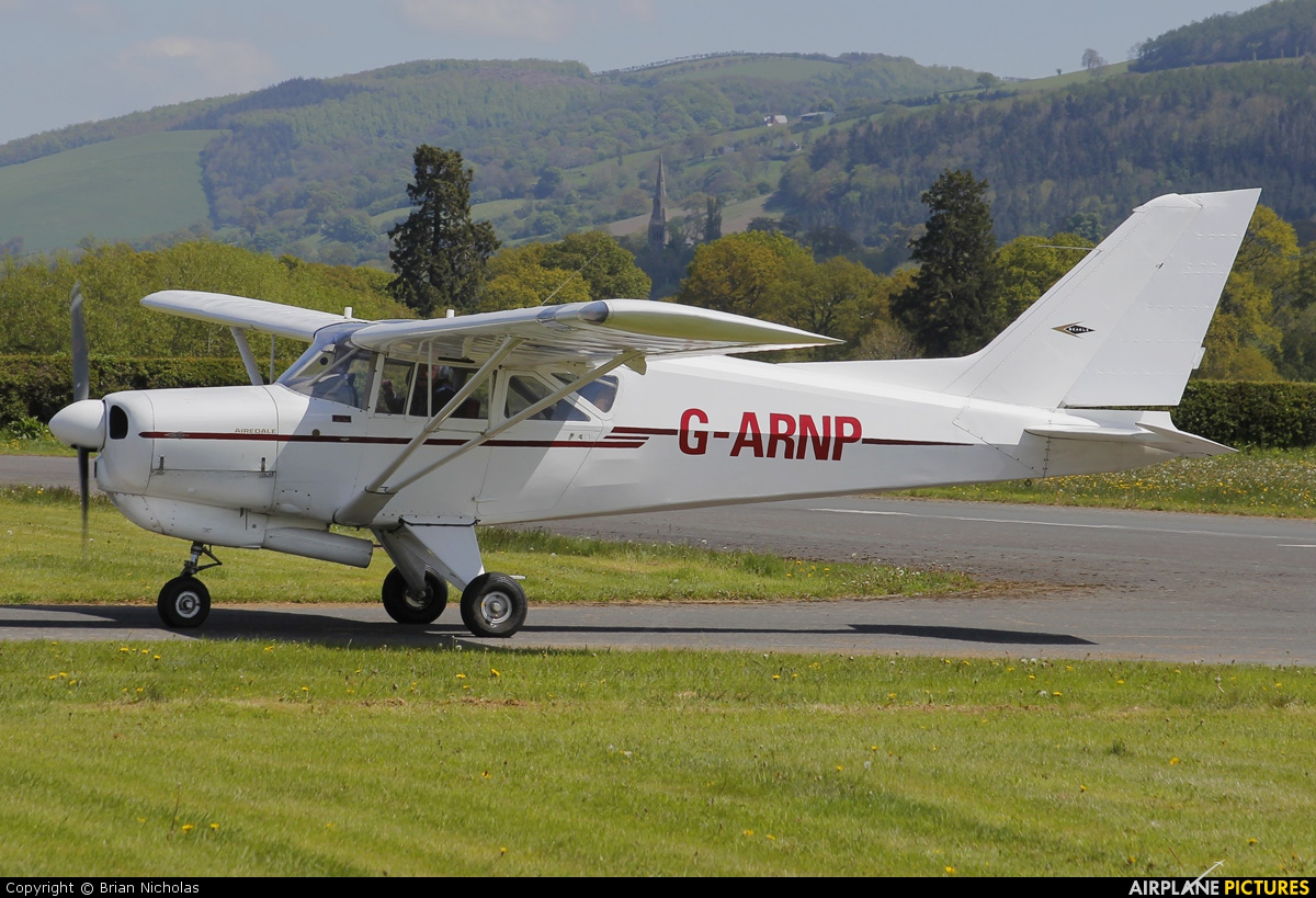 Private G-ARNP aircraft at Welshpool
