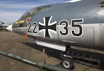 22+35 - Germany - Air Force Lockheed F-104D Starfighter