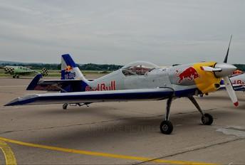 OK-XRB - The Flying Bulls : Aerobatics Team Zlín Aircraft Z-50 L, LX, M series