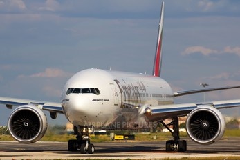 A6-EGT - Emirates Airlines Boeing 777-300ER