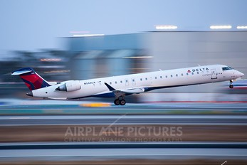 N548CA - Delta Connection - SkyWest Airlines Canadair CL-600 CRJ-900