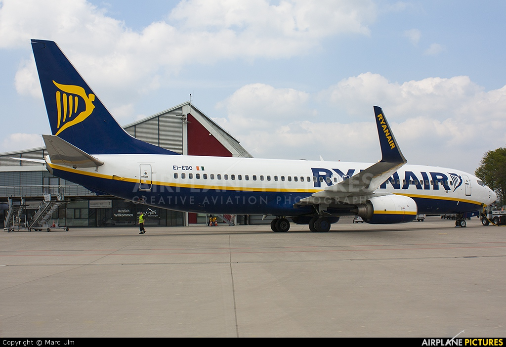 Ryanair EI-EBO aircraft at Memmingen