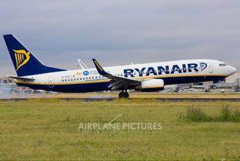 EI-DHZ - Ryanair Boeing 737-800