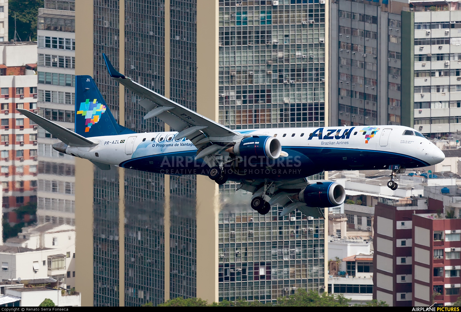 Azul Linhas Aéreas PR-AZL aircraft at Rio de Janeiro - Santos Dumont