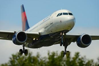 N358NB - Delta Air Lines Airbus A319