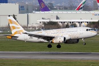 G-DBCD - British Airways Airbus A319