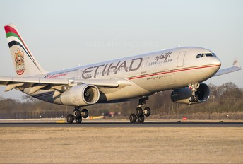 A6-EYD - Etihad Airways Airbus A330-200