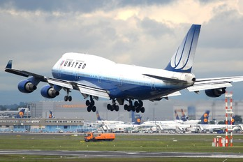 N178UA - United Airlines Boeing 747-400