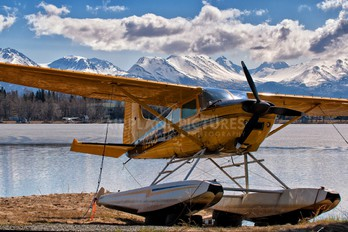 N22CB - Private Cessna 185 Skywagon