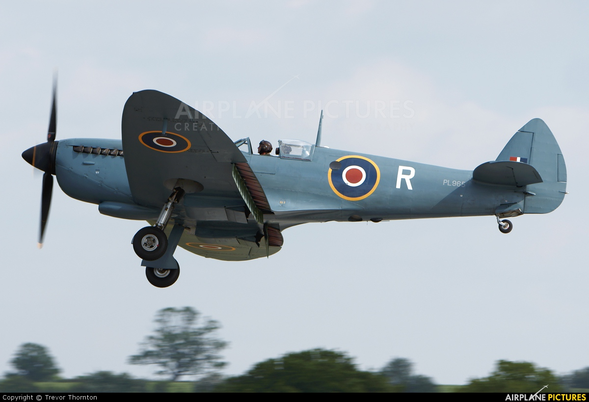 Private G-MKXI aircraft at Cosford