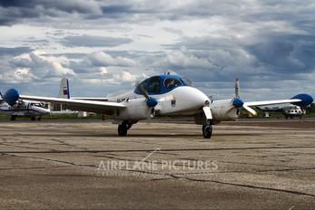 RA-0364G - Private LET L-200 Morava