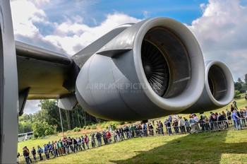 080002 - Hungary - Air Force Boeing C-17A Globemaster III