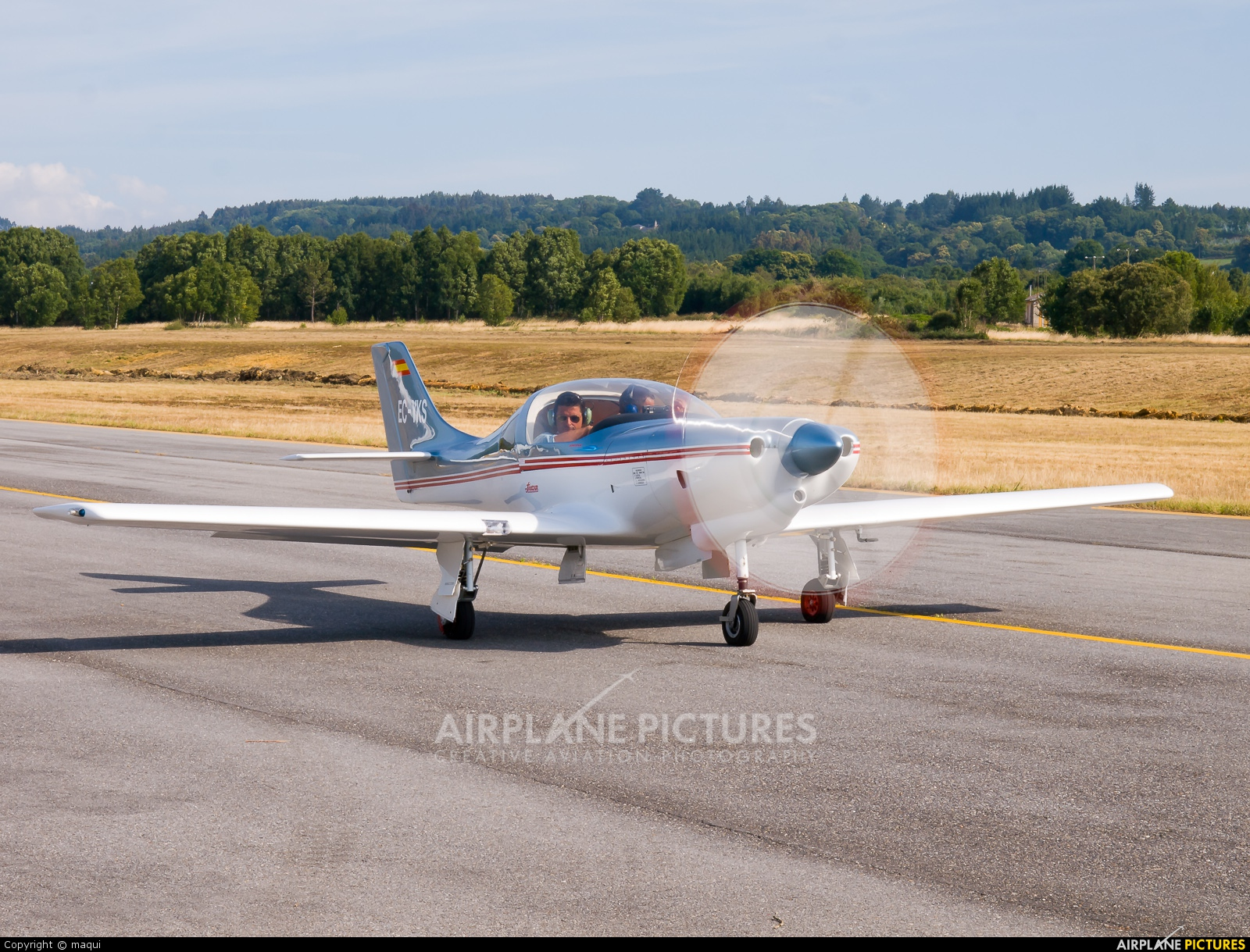 Private EC-YKS aircraft at Lugo - Rozas