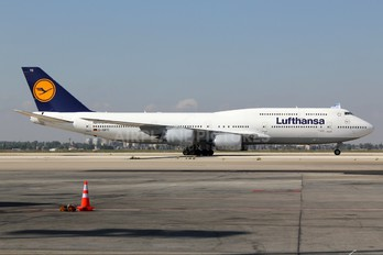 D-ABYC - Lufthansa Boeing 747-8