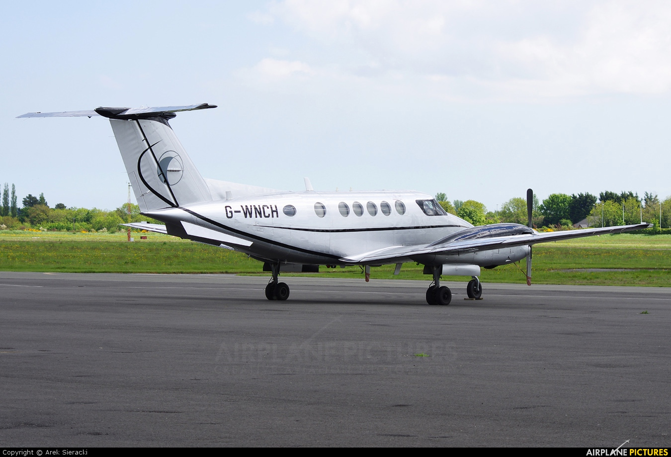 Synergy Aircraft Leasing G-WNCH aircraft at Weston