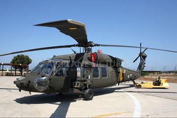 827 - Israel - Defence Force Sikorsky S-70A-9 Yanshuf 3