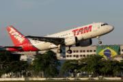 PR-MYC - TAM Airbus A319 aircraft