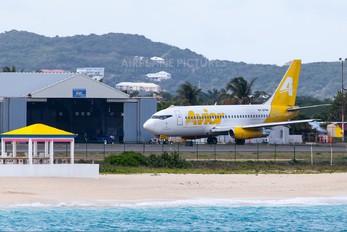 YV2794 - Avior Airlines Boeing 737-200