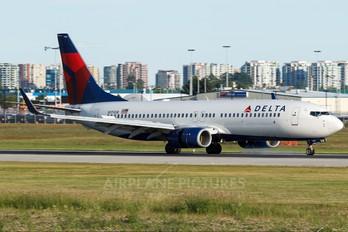 N3745B - Delta Air Lines Boeing 737-800