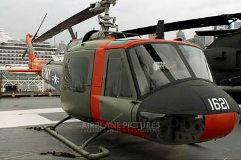 59-1621 - USA - Army Bell UH-1B Iroquois