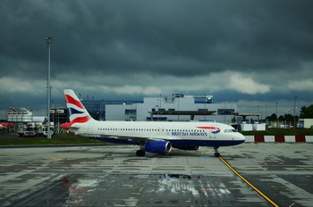 G-EUUF - British Airways Airbus A320