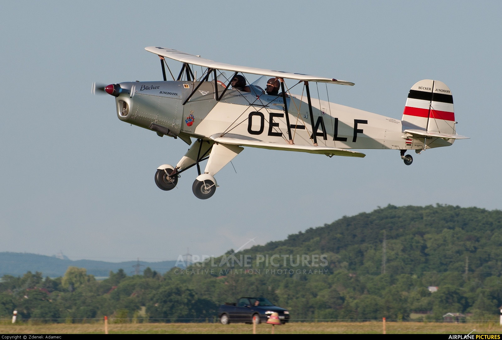 Private OE-ALF aircraft at Roudnice nad Labem