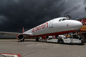 D-ABCG - Air Berlin Airbus A321