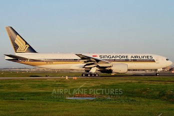 9V-SVN - Singapore Airlines Boeing 777-200ER
